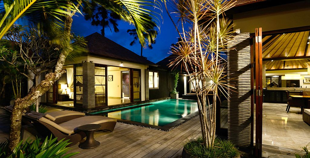 Or give-in and go for the 3-Bedroom Royal Pool Villa