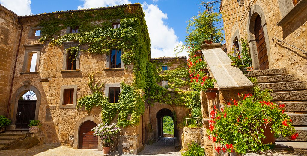 Discover the enchanting towns nearby