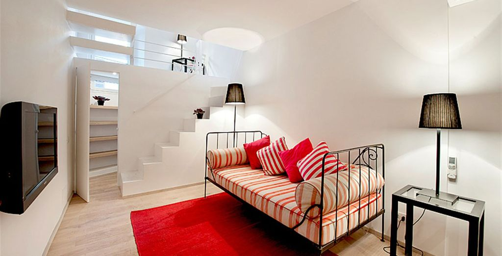 Apartment 4: And charming living room - all situated in the trendy Trastevere area
