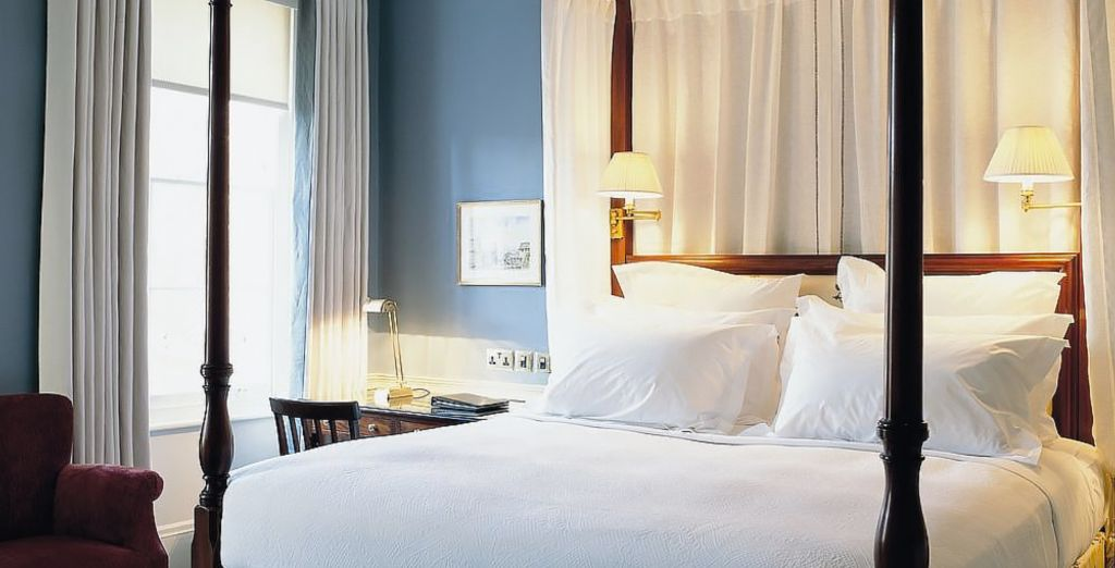 And beautiful interiors that are filled with luxurious features (pictured: Four Poster Suite)