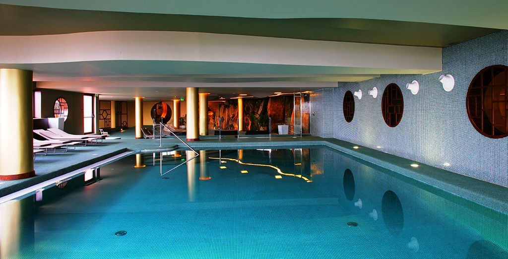 Make the most of all the facilities including a spa, fitness room and table tennis