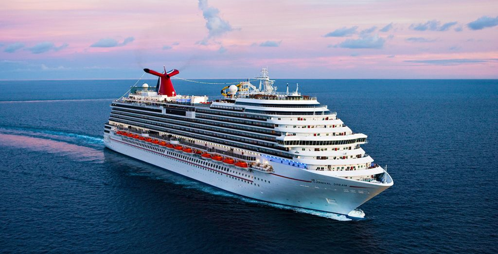 Enjoy a 7 night cruise and 2 hotel stays with this fantastic offer