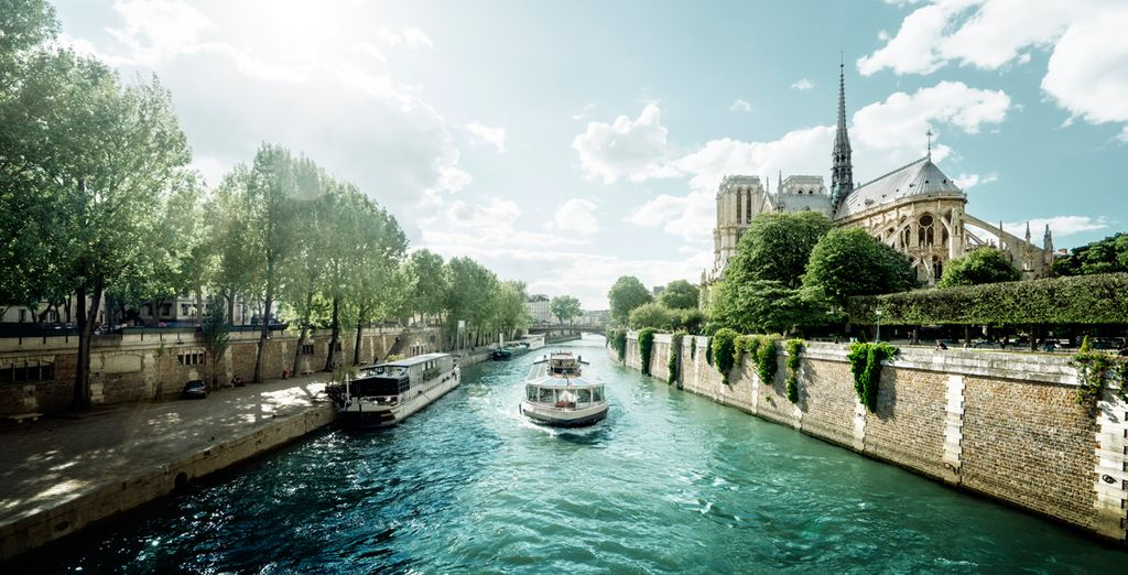 We've even included a River Seine cruise ticket