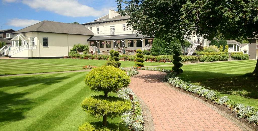 Thornton Hall Hotel 4* - hotel in the countryside of Liverpool