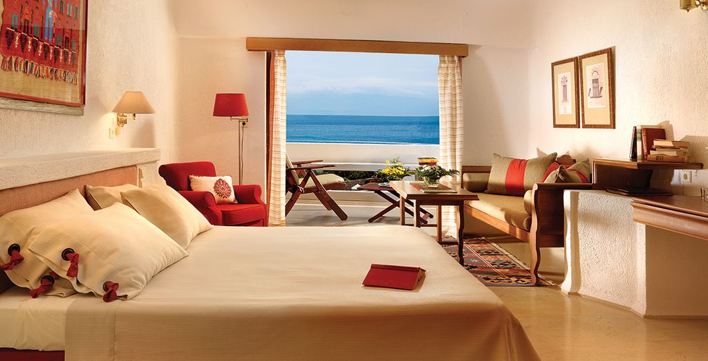 Wake up to panoramic views every morning (pictured: Sea View Room)
