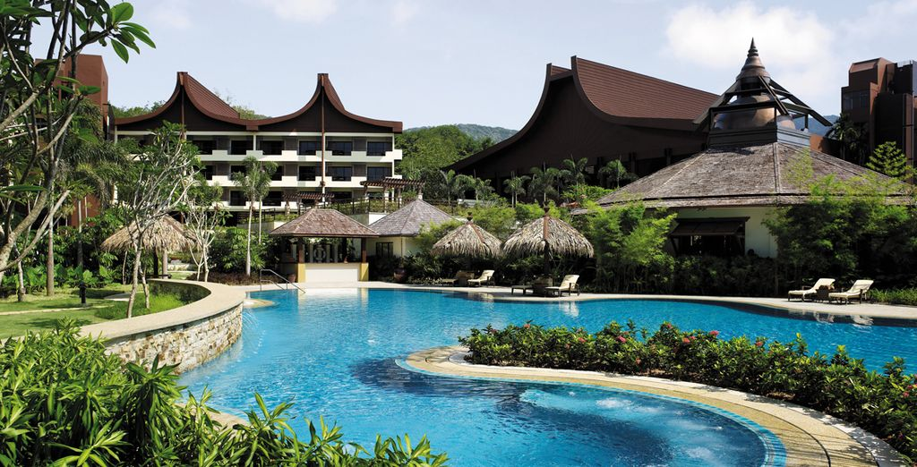Shangri-La Kuala Lumpur & Shangri-La's Rasa Sayang 5* - best booking offers with Voyage Privé