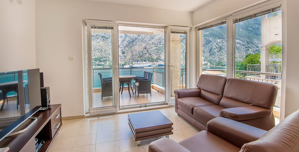 Welcome to your spacious family apartment - Kotor Vista Kotor