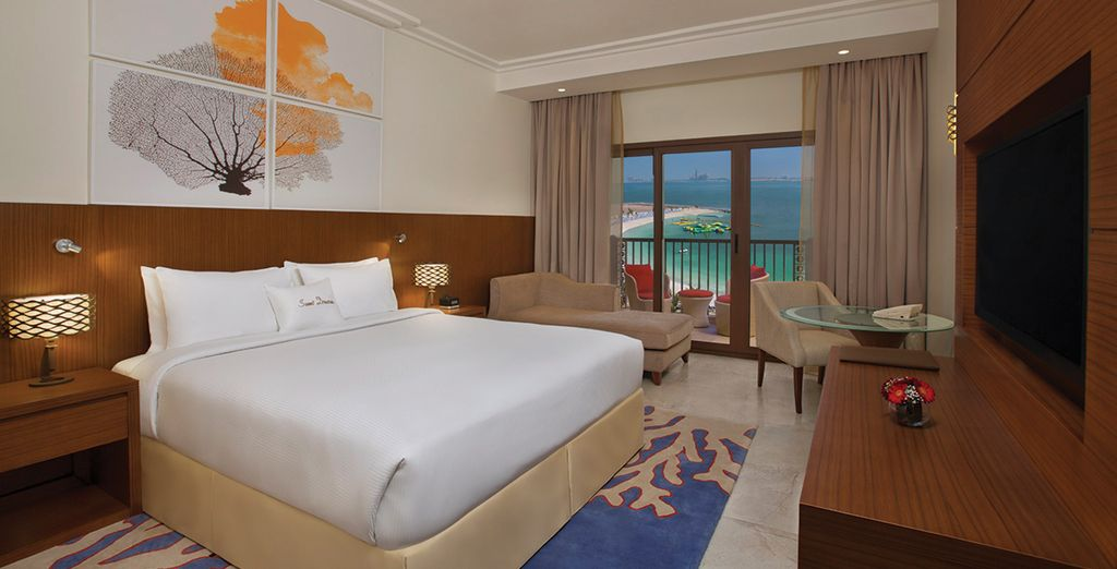 Choose from a Guest Room with a sea view