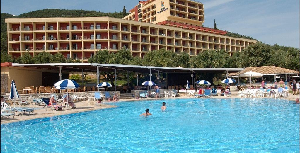 - Nissaki Beach Hotel**** - Corfu - Greece Corfu