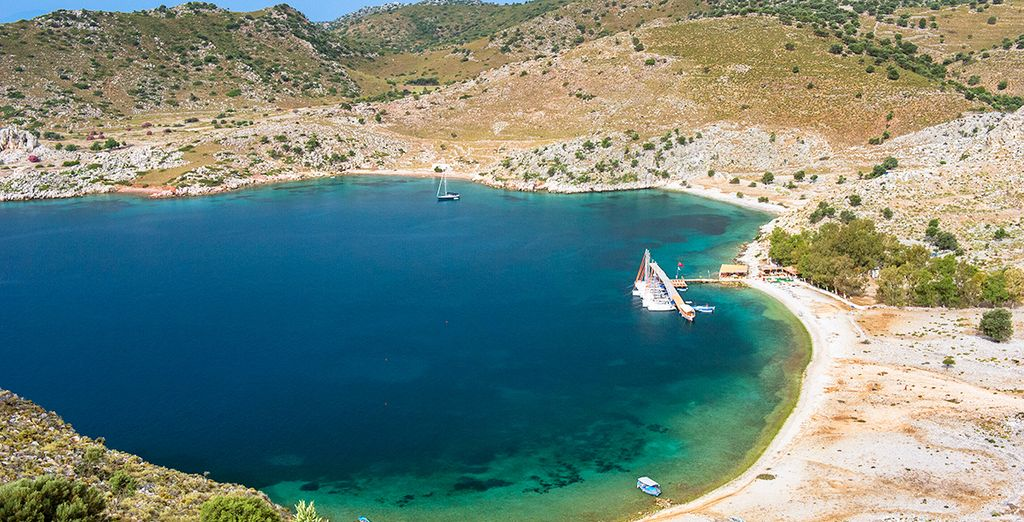 You can explore the stunning Dorian coastline at your own pace