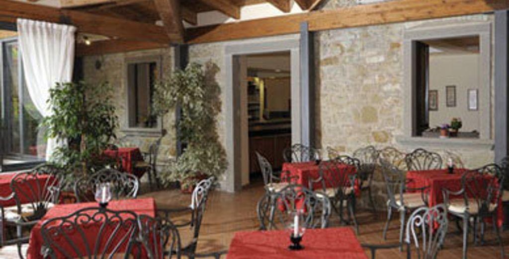 - Club Hotel Villa Paradiso **** - Umbria - Italy Lake Trasimeno