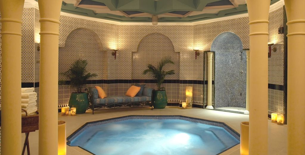 Don't miss the spa & Jacuzzi