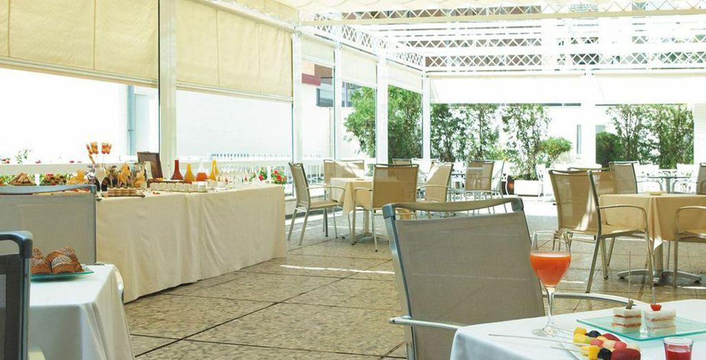 Stay at the Hesperia Sevilla**** - Hesperia Sevilla 4*  Seville