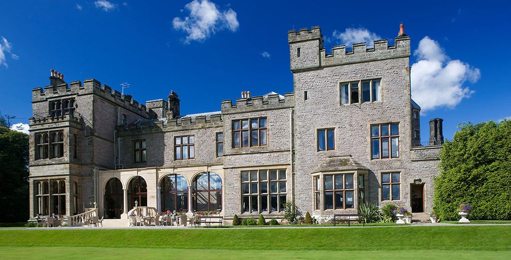 You will feel right at home at the grand Aramathwaite Hall Hotel... - Armathwaite Hall Country House 4* Keswick
