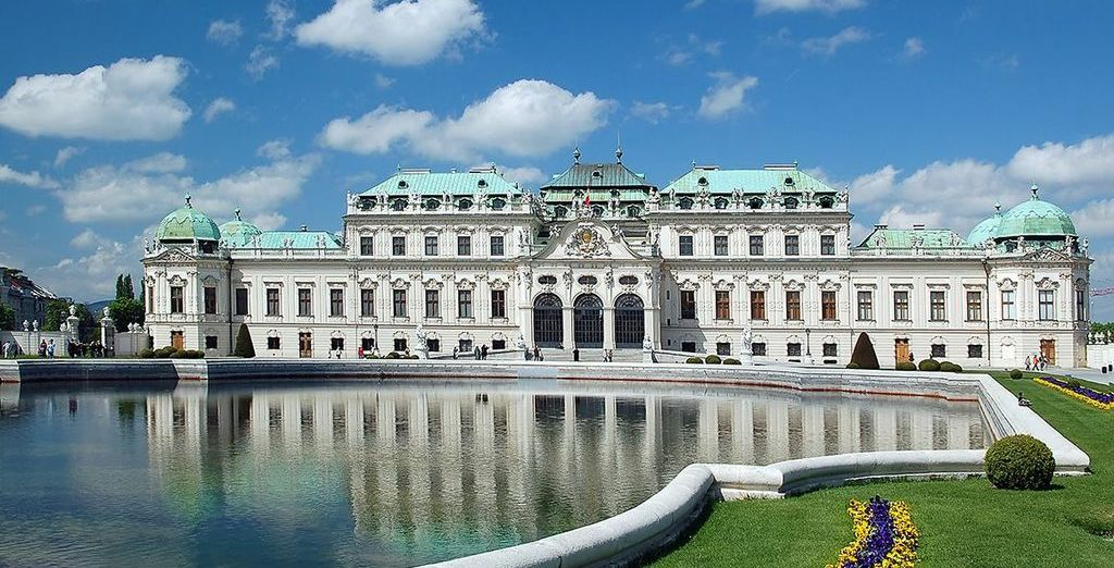 Explore the cultural Vienna