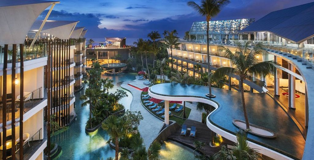 For a stay at the Le Meridien Jimbaran