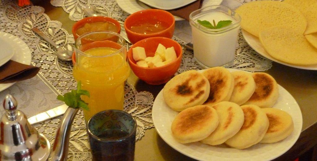 Enjoy mint tea on arrival & daily breakfast