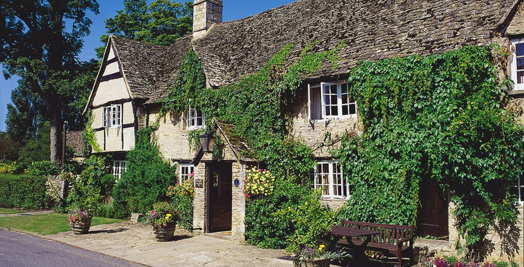 The fantastic location in the Cotswolds offers you a chance to escape the rat race