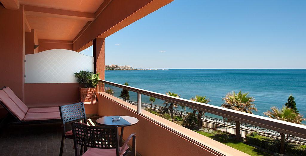 Welcome to the 5* Elba Estepona Gran Hotel & Thalasso Spa