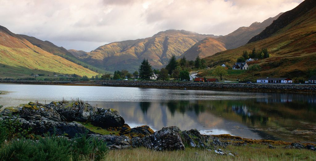 Explore the lochs of Highlands