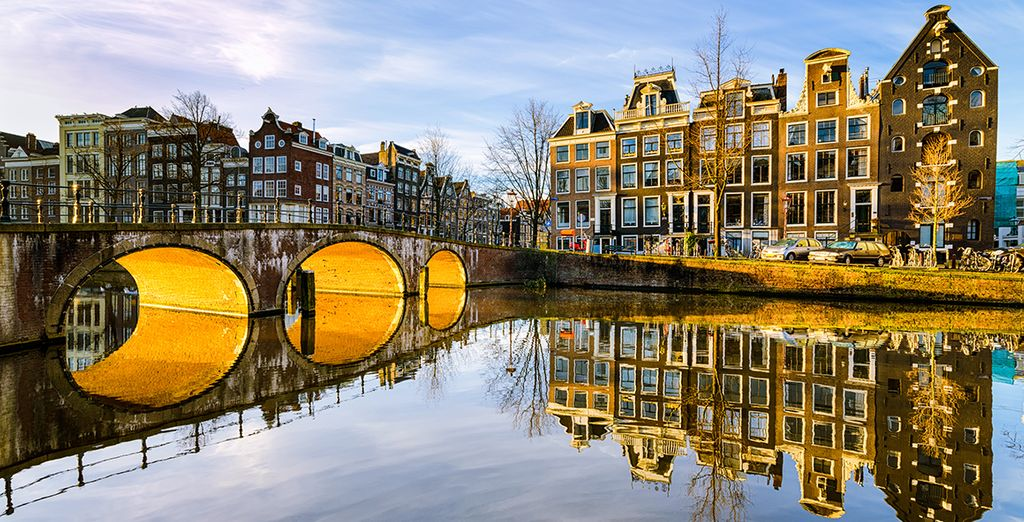 Where winding canals are lined with cosy cafes and shops