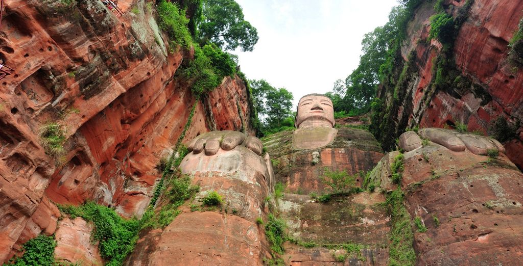 Marvel at the imposing Grand Buddha in Leshan