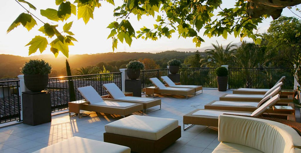 It's time for a relaxing break on the French Riviera