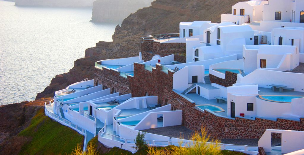 Visit the 5* Ambassador Santorini Luxury Suites & Villas