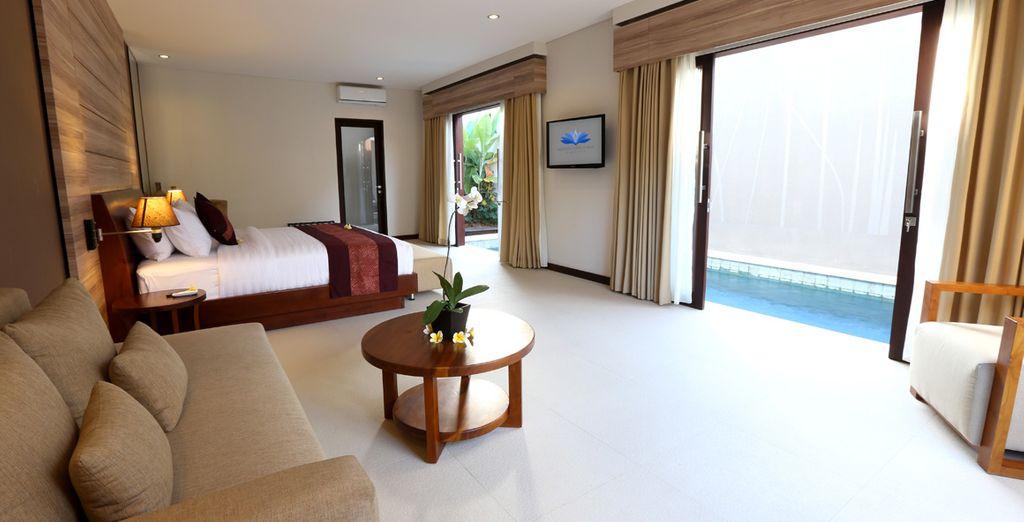Calm decor mirrors the calm environment