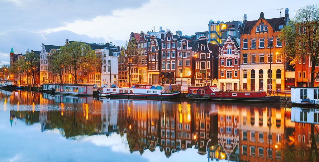 Explore the beauties of Amsterdam with Voyage Privé