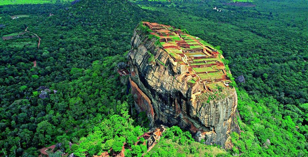 You will visit highlights such as Sigiriya Rock Fortress...