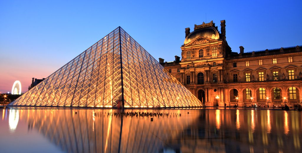Experience world-famous art in the Louvre Museum
