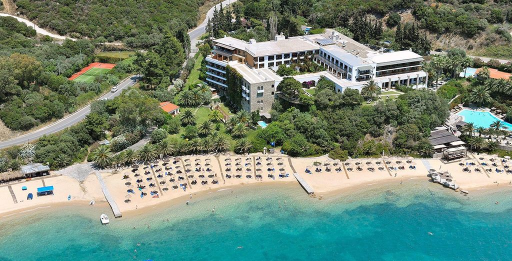 At Eagle's Palace - on Northern Greece's unspoilt, quiet peninsula