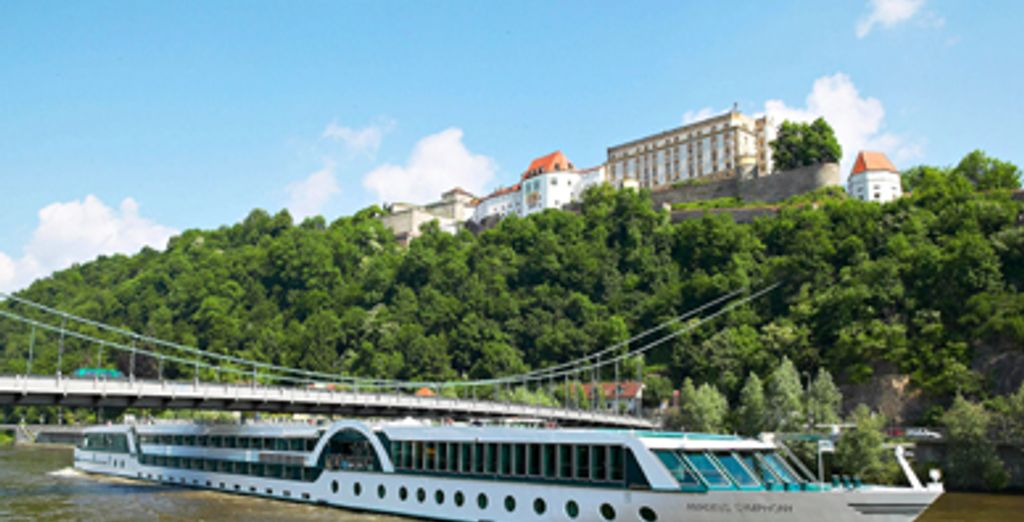 - Ship Amadeus Symphony -Rhone  Cruise - France Lyon