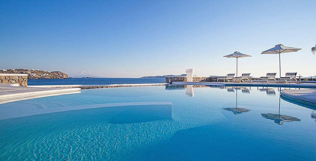 Stunning Aegean Sea Views - DeLight Suites 4* Mykonos Town