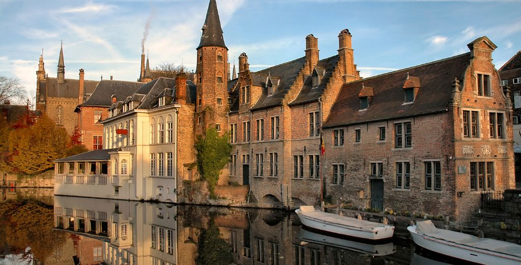 Then head out to discover the pretty canals and cosy cafes