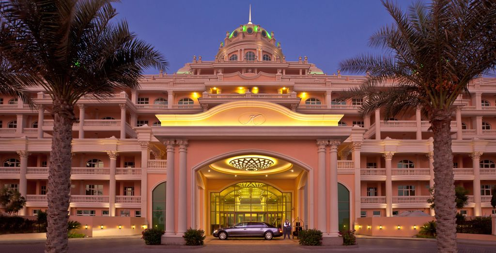 Welcome to the 5* Kempinski Hotel & Residence Palm Jumeirah