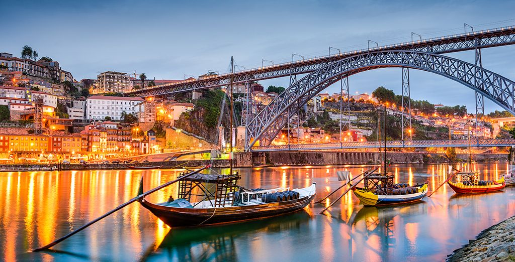 Discover the pretty riverside town of Porto