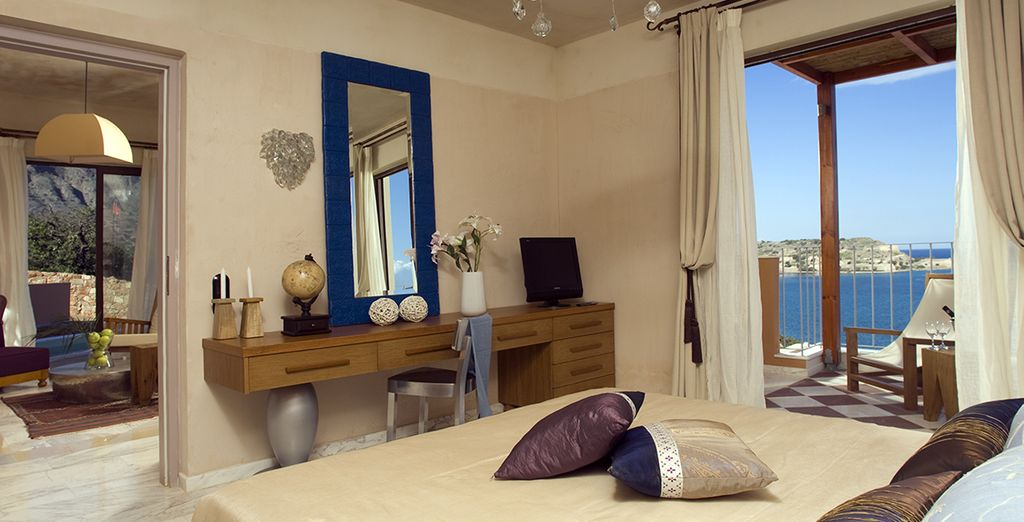 Choose from a Premium One Bedroom Suite with Sea View