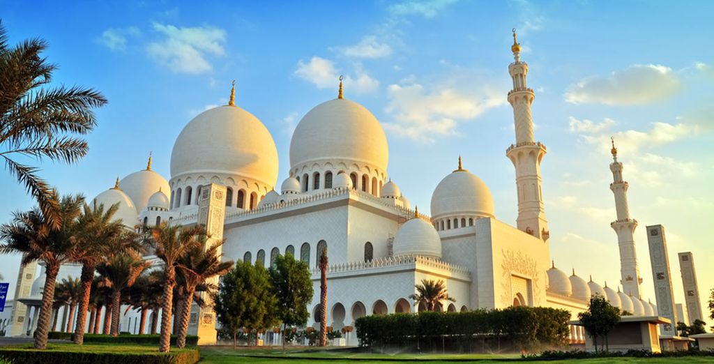Discover the ancient mosques of Abu Dhabi