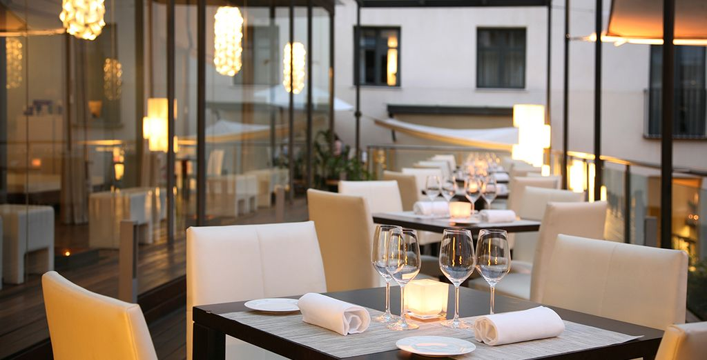 Don't miss the elegant restaurant for a romantic evening meal