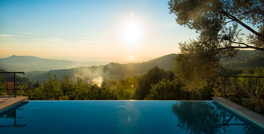 Glide through your private infinity pool as you gaze out at your enviable view