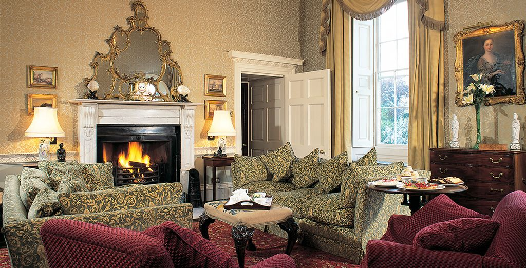 A grand yet cosy manor house