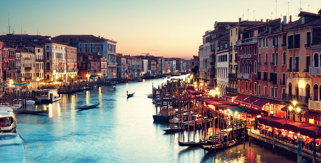 Or head over to Venice centre for a romantic stroll