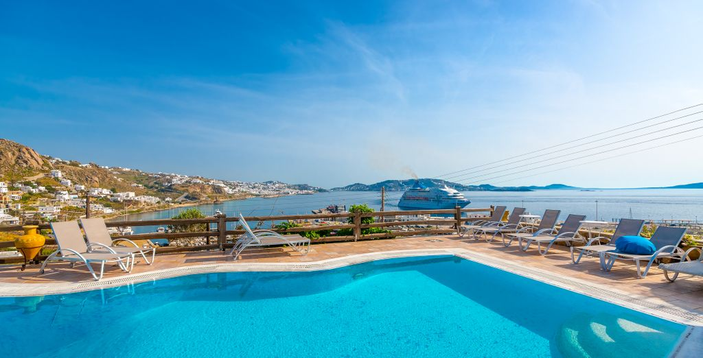 Poolside bliss... - Paradision Hotel 4* Mykonos Town