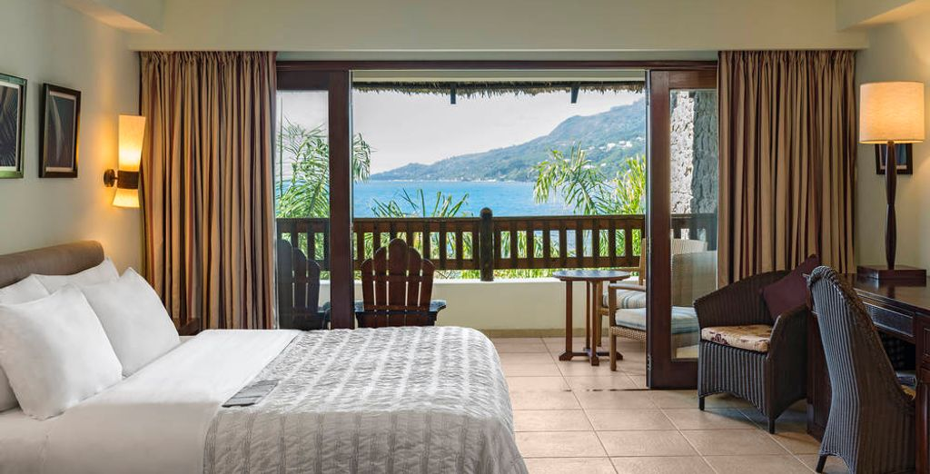 Stay 14 nights and enjoy free upgrade to Deluxe Sea View Room