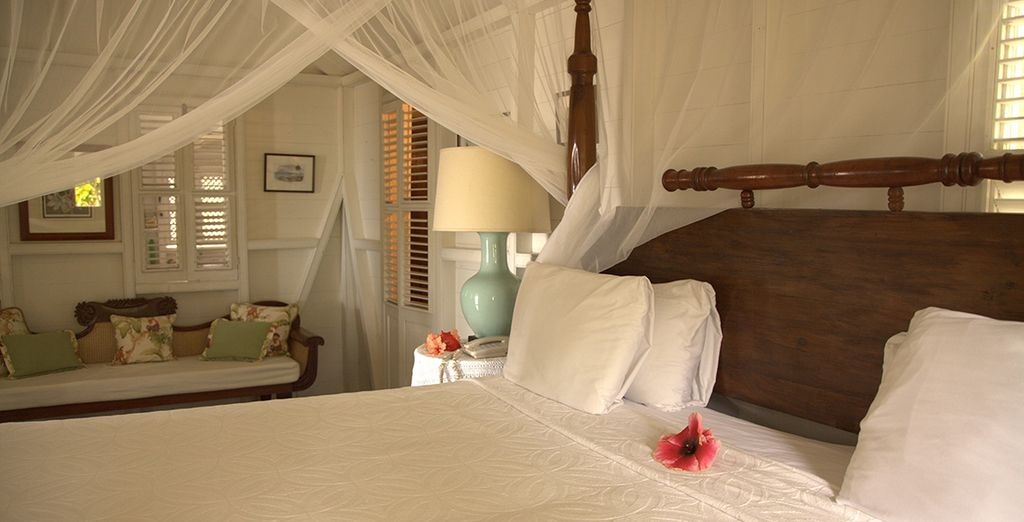 With four poster canopy beds