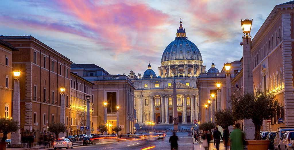 St Peter's Square is just 100m away!
