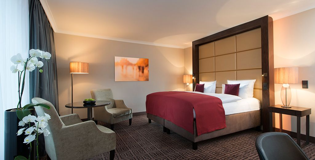 Relax in your Business Deluxe Room
