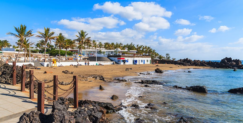 Discover the sandy beaches and bright skies of Puerto del Carmen